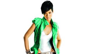 রিহানা ELLE 2008