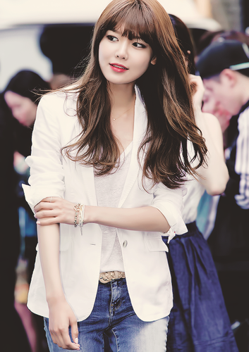 गर्ल्स जेनरेशन/एस एन एस डी वॉलपेपर possibly containing a portrait called SNSD Sooyoung