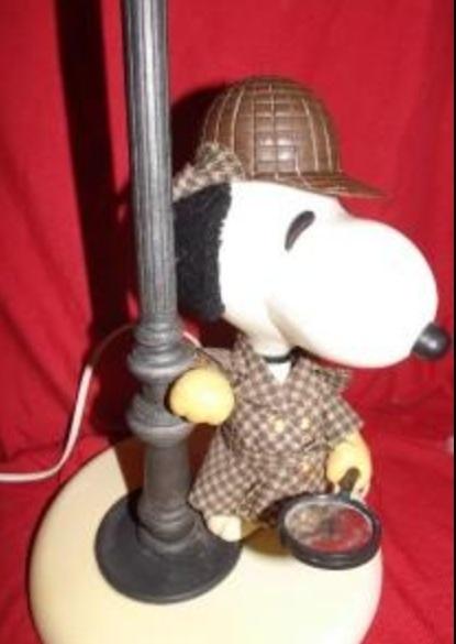স্নুপি as Sherlock Holmes