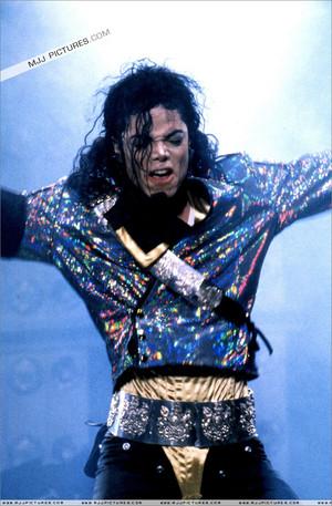 The King Of Pop - Michael Jackson, Dangerous World Tour Pics