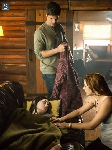 Under the Dome - Episode 2.01 - Heads Will Roll