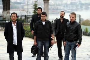 Yigit Ozsener, Baris Falay