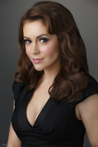 Alyssa Milano wallpaper with a portrait titled alyssa milano