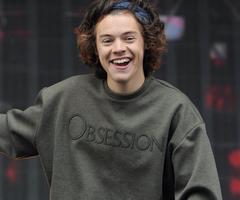 O_o I'm so your shirt!