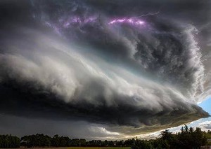 summer-storm-in-New-Zealand