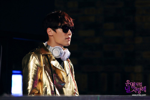 """Choi Jin Hyuk achtergrond possibly with sunglasses titled """"Fated to Love You"""": Choi Jin Hyuk still cuts"""