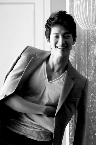 Ким Бом Обои with a business suit, a well dressed person, and a suit called Kim Bum
