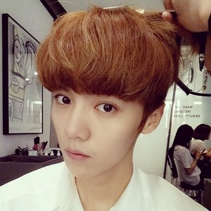 LuHan 140702 Instagram Update:Yo~