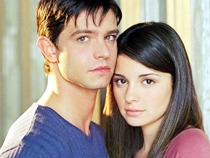 Memorable TV wallpaper containing a portrait titled Roswell ღ