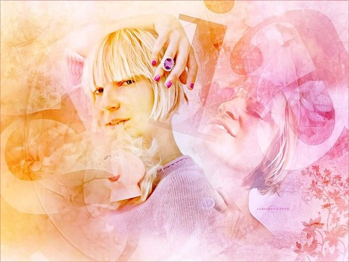 Sia wolpeyper titled SIA