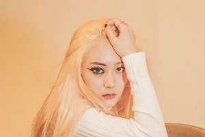 "에프엑스 ""Red Light"" Krystal teaser"