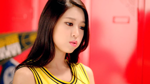 AOA Short Hair Seolhyun