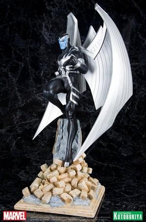 Archangel / Warren Worthington III Uncanny X-Force Figurine