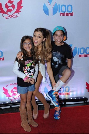 Ariana Grande 12