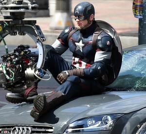 Avengers: Age of Ultron - Set Pics of Chris Evans