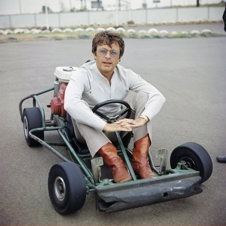 bill bixby karatasi la kupamba ukuta possibly with a go kart called Bill Bixby