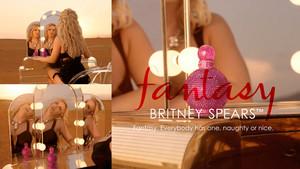 Britney Spears Work jalang, perempuan jalang ! (Fantasy)