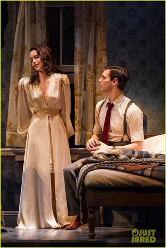 """연기 바탕화면 possibly containing a 거리 titled Broadway's """"Breakfast At Tiffany's"""""""