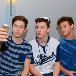 Cameron,Shawn,Nash for te Sarah ♡