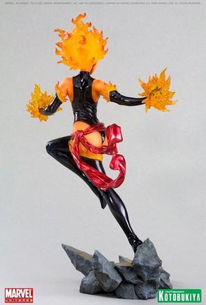 Carol Danvers / Ms. Marvel Binary Figurine