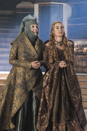 Cersei Lannister and Olenna Tyrell Season 3