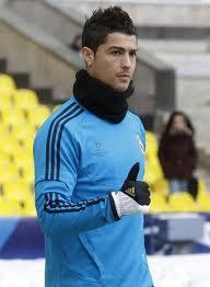 Cristiano Ronaldo (CR7)