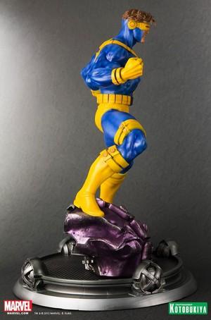 Cyclops / Scott Summers Danger Room Session Figurine