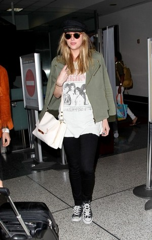 Dakota @ LAX Airport (June 17th)
