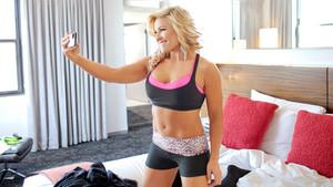 Diva दिन Off: Natalya