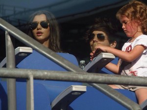 Eleanor and Louis watching McBusted performing yesterday!