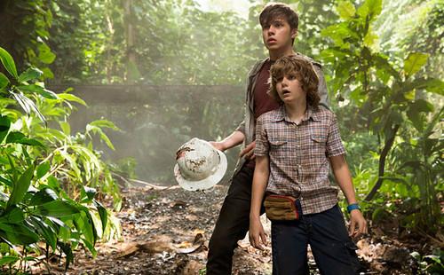 Jurassic World achtergrond entitled First Glimpse of Jurassic World (2015)