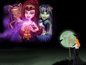 Frankie Stein, Draculaura and Clawdeen lupo