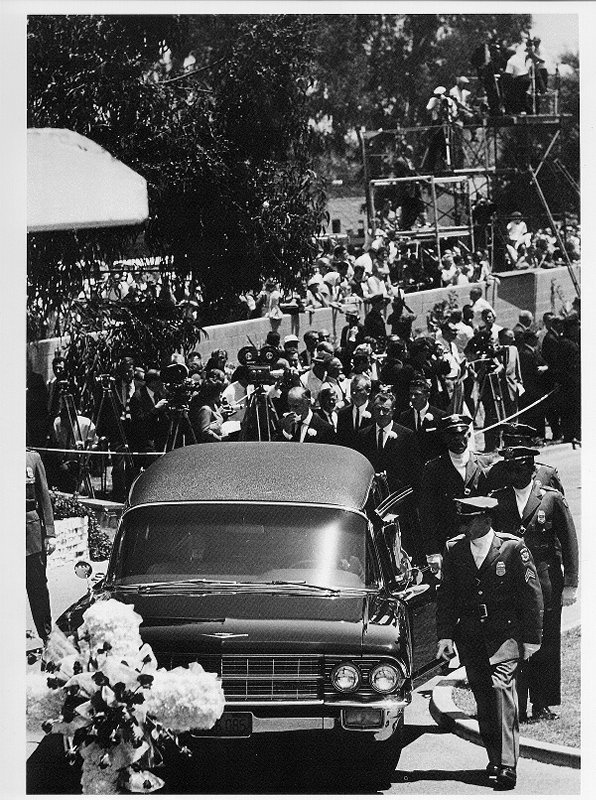 Funeral Services For Marilyn Monroe