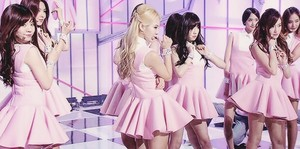 Girls' Generation ~ Mr.Mr.