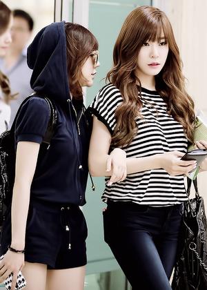 Hot Tiffany and Sunny❤ ❥