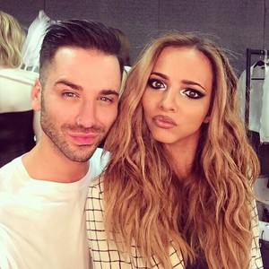 Jade backstage with Aaron