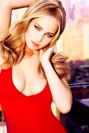 Jennifer Lawrence ✔