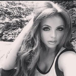 Jesy's latest selfie on her Instagram