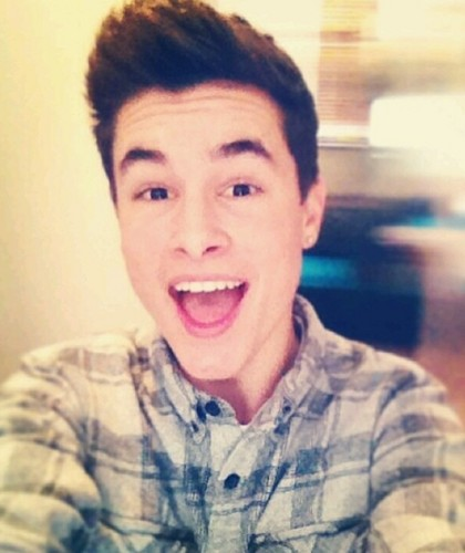 Kian Lawley fondo de pantalla entitled Keen the bean!! :D