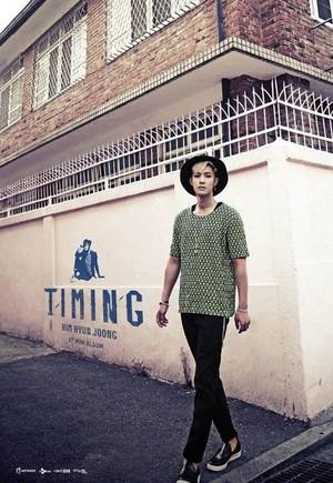 Kim Hyun Joong comeback with mini-album 'Timing'