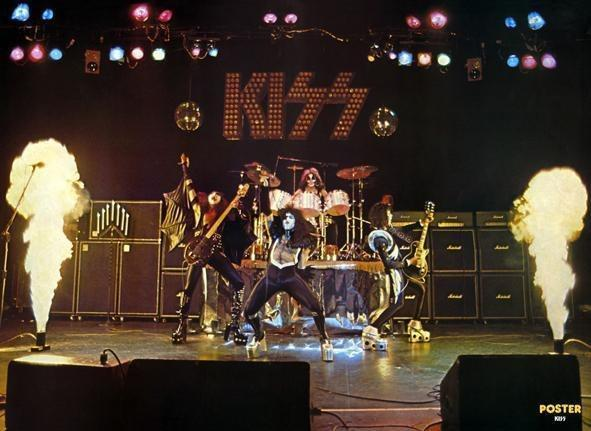 Kiss Images Klassic Kiss Wallpaper And Background Photos