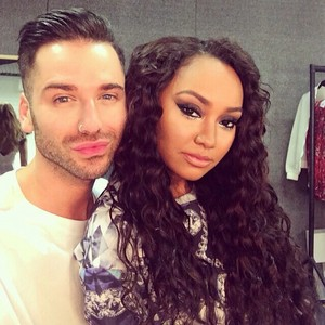 Leigh backstage with Aaron