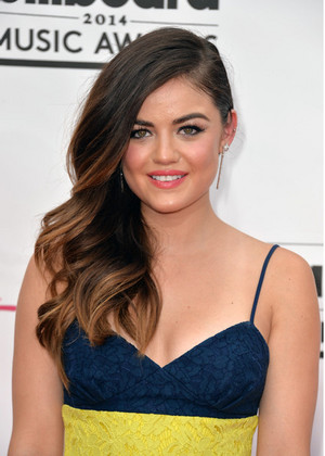 Lucy @ 2014 Billboard musique Awards - May 18th