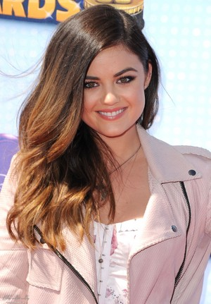 Lucy @ 2014 Radio Disney موسیقی Awards - April 26th