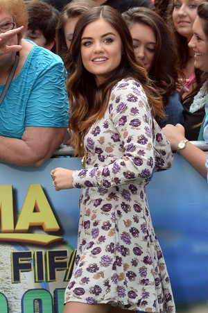 Lucy arriving @ the Good Morning America studios - June 30th