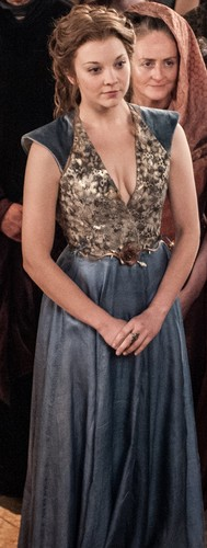 Margaery Tyrell Hintergrund with a abendessen dress called Margaery Tyrell Season 3