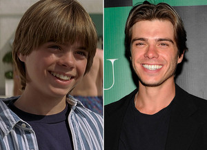 Matthew Lawrence now
