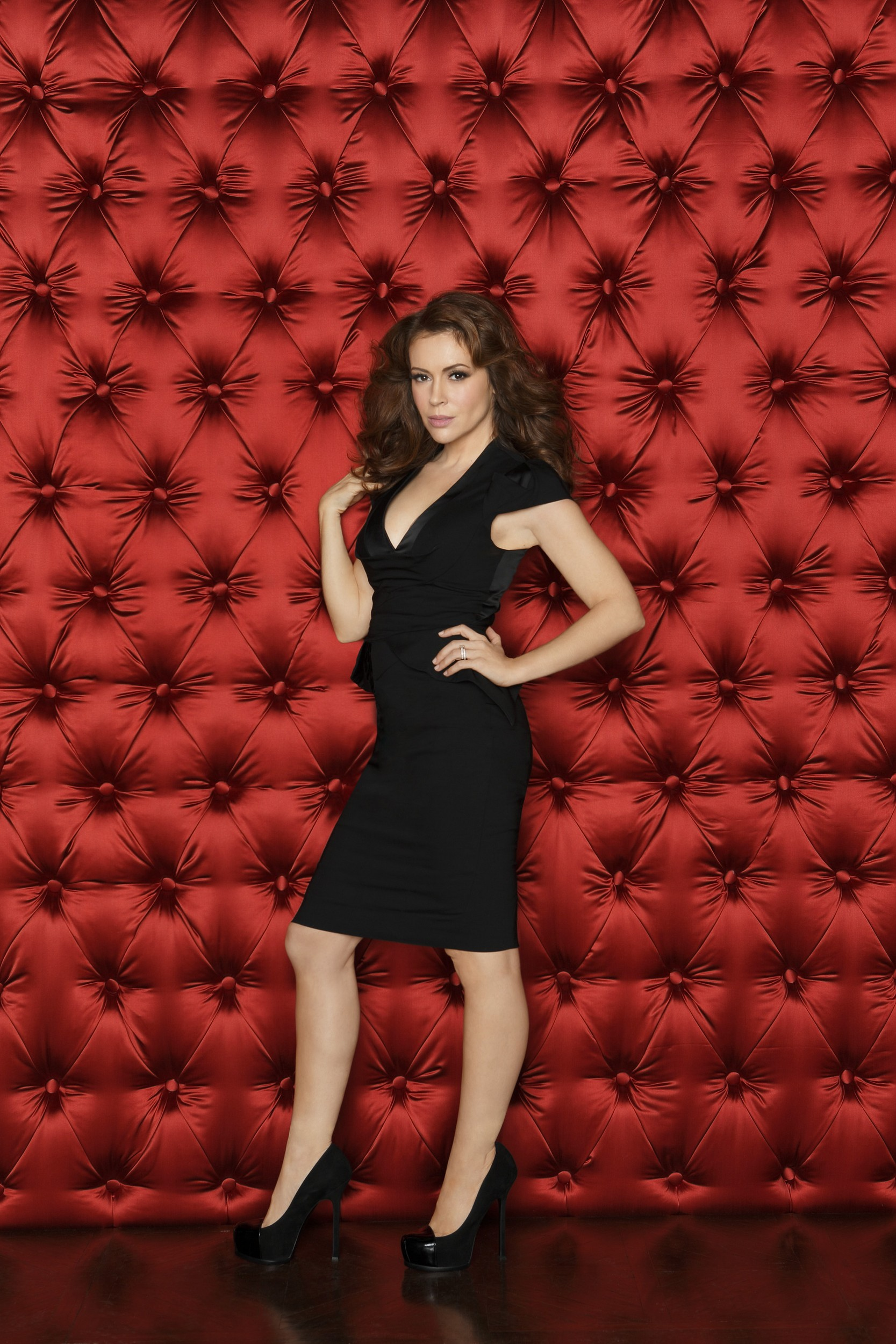 Alyssa Milano etcMistresses S01 - 2013 HD 720 naked (86 photos), Is a cute Celebrity image