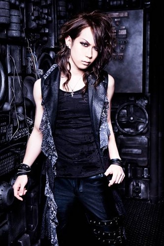 Nocturnal Bloodlust fond d'écran containing a cocktail dress called Natsu