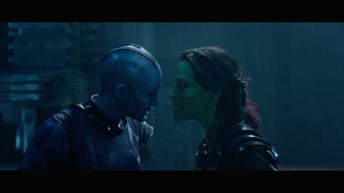 Guardians of the Galaxy 바탕화면 with a gasmask entitled Nebula and Gamora